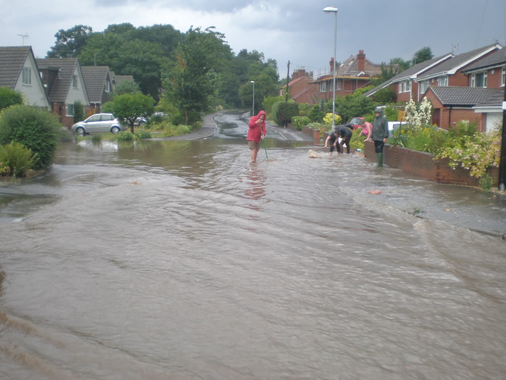 23/07/2013 @ 19:38 Kirklington Road and Glenfield Drive by Trish Jordon