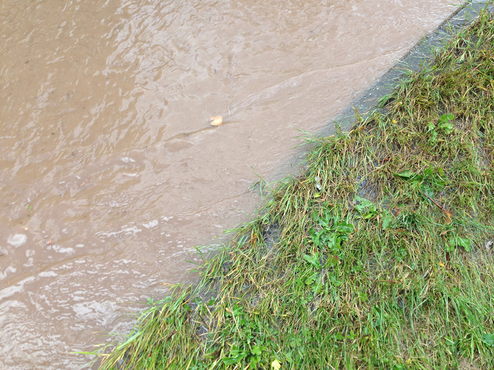 19/07/2014 Water just above kerb height on Halam Road